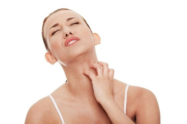 Кожный зуд по всему телу без высыпаний и покраснений: причины и лечение