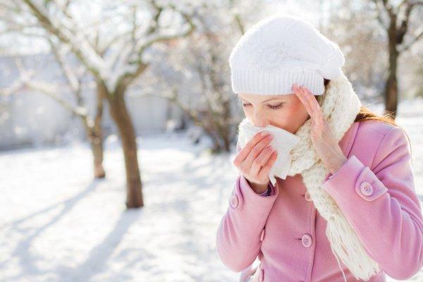 Холодовая аллергия на руке: описание и причины заболевания, симптомы, фото и лечение аллергии на холод